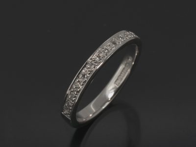 Platinum Round Brilliant Cut Diamond Pavé Set Wedding Ring