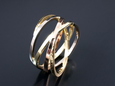 Gents Multi Tone 18kt Yellow White Red and Green Gold Wedding Ring.