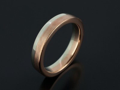 Gents 9kt Red and White Gold Two Tone Wedding Ring with Brushed and Polished Finishes.