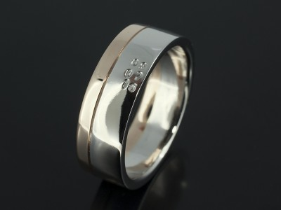 Gents 18kt White and Rose Gold Wedding Ring with Date Stamp Design.