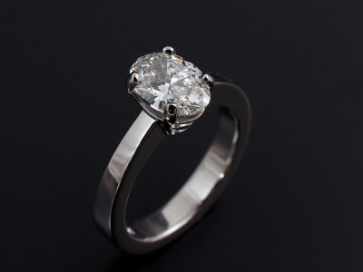 Oval 1.21ct F Colour SI1 Clarity EX Polish EX Symmetry Hand Made in a 4 Claw Platinum Setting