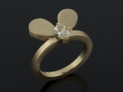 Oval Cut 0.48ct H Colour SI1 Clarity in an 18kt Yellow Gold Insect / Floral Inspired Design.