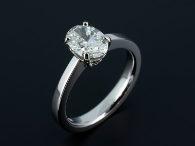 Oval Cut 2.06ct H SI2 Ex Polish Ex Symmetry in a Hand Made 4 Claw Platinum Setting.