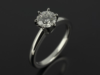 Round Brilliant 0.91ct E Colour VS2 Clarity 6 Claw Platinum Solitaire Design.