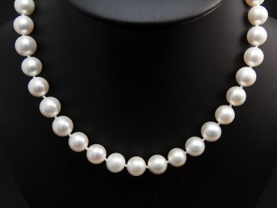 Silver White Freshwater Round Pearl Strand