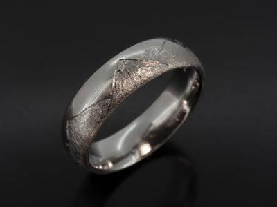 Stob Dubh Mountain Range Platinum 6mm Width Gents Wedding Ring.