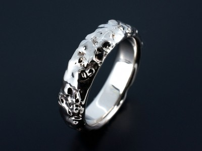 Wedding Ring in 18kt White Gold with Reticulated Uneven Surface.