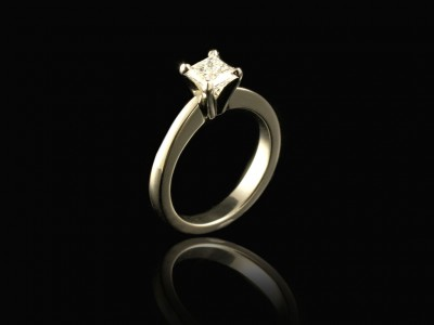 White Gold 18kt 4 Claw Engagement Ring with a Princess 0.45ct F VVS2 Princess Cut Diamond.