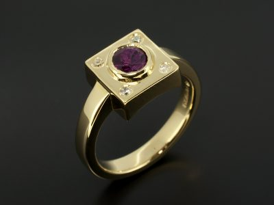 18kt Yellow Gold Rub-over Set Round Ruby 0.55ct & Secret Set Round Brilliant Cut Diamond 0.05ct (4) Square Ring Design
