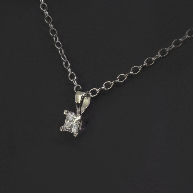 platinum claw set princess cut diamond pendant, solitaire diamond princess cut, solitaire diamond pendant necklace, 18 inch diamond and platinum necklace