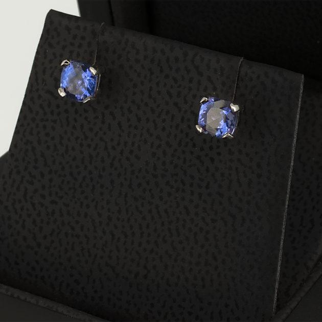 4 Claw Tanzanite Stud Earrings