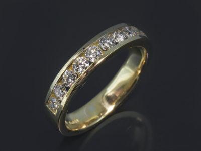 18kt Yellow Gold Channel Set Design. Round Brilliant Cut Diamonds, 1.00ct (10). HSI