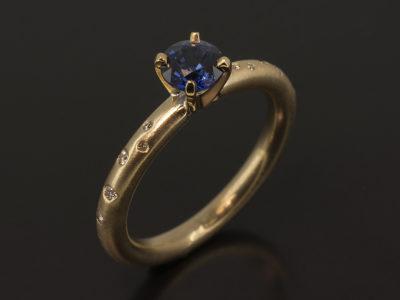 9kt Yellow Gold Claw Set Round Sapphire 1.06ct & Scattered Secret Set Round Brilliant Cut Diamonds 0.13ct (11)