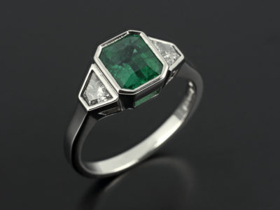 Emerald 1.06ct with Trapeziums in Palladium