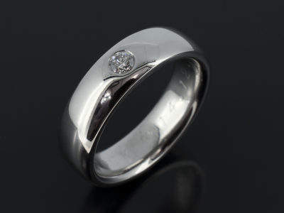 Gents 18kt White Gold with 0.2ct Round Brilliant Cut Diamond F SI