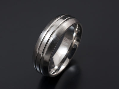 Gents Chamfered and Grooved Wedding Ring
