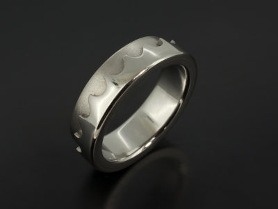 Gents platinum geared wedding ring