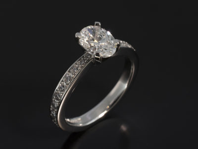 Oval Cut Diamond 1ct E SI1 EXEX Platinum Pavè Shoulders 4 claw