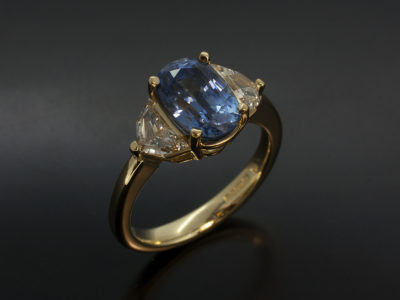 Oval Cut Pale Sapphire 2.09ct Side Cadillac Diamonds 0.56ct x 2 G VS 18kt Yellow Gold Trilogy