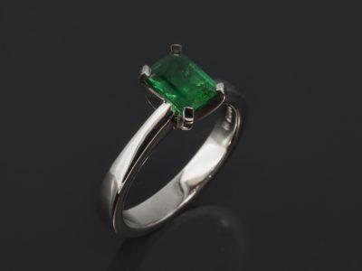 Palladium Claw Set Design Emerald Cut Emerald, 0.92ct