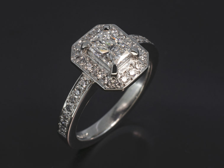 Plat, 0.54ct, E, VS2, EXEX Radiant Cut Diamond With RBC Diamond Pavé Halo and Shoulder 0.25ct (32)
