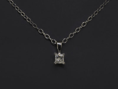 Platinum Claw Set Pendant, Princess Cut Diamond, 0,31ct, H Colour, SI Clarity on Trace Chain (front)