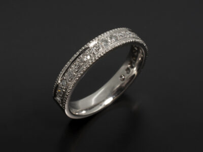 18kt White Gold Pavé Set and Millgrain Edged Design with Round Brilliant Cut Diamonds 0.32ct Total