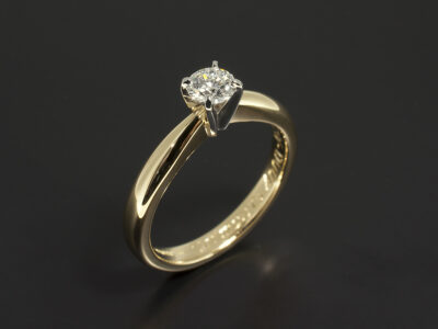 18kt Yellow Gold and Platinum 4 Claw Solitaire Engagement Ring with Round Brilliant Cut 0.40ct diamond E Colour VS2 Clarity EXEXEX
