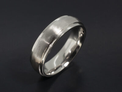 Platinum Gents Wedding with Stepped Edges and a Brushed and Polished Finish