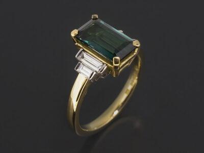 Ladies Tourmaline and Diamond Dress Ring,18kt Yellow Gold Claw and Bar Design, Tourmaline 1.78ct, Platinum Bar Set Baguette Cut Diamond Side Stones 0.41ct (4)